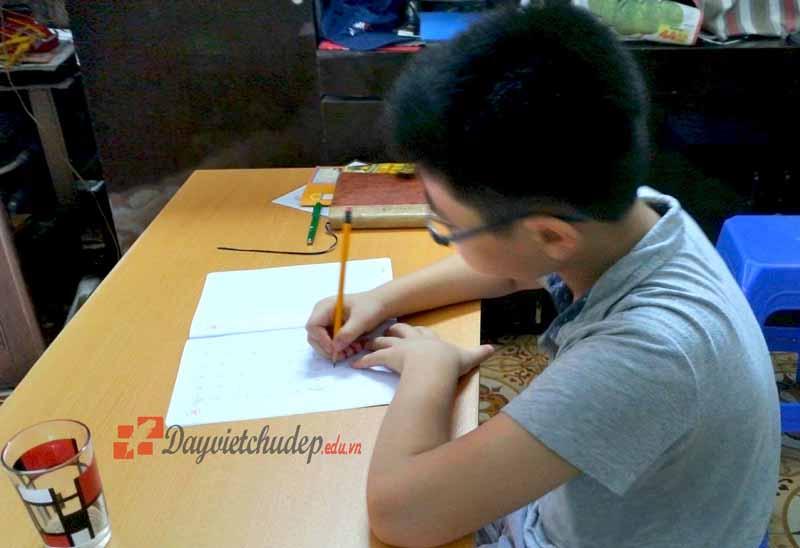 Luyện chữ đẹp cho học sinh tại Hà Nội